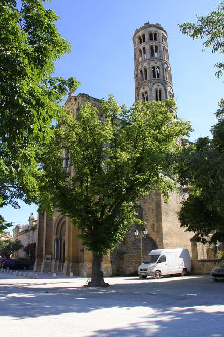 Bild: Cathédrale Saint-Théodorit mit Tour Fenestrelle in Uzès