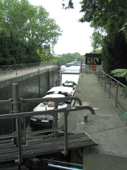 Bild: Hausboot-Tour auf dem Canal du Rhône a Sète und Étang de Thau in den Canal du Midi