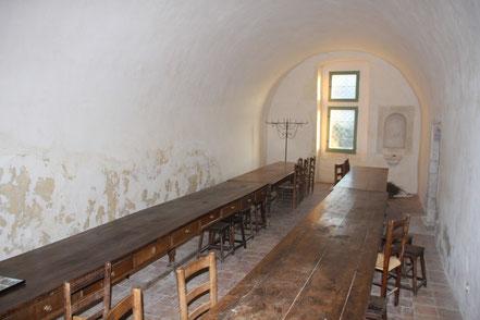 Bild: Speisesaal in der Abbaye St.-Hilaire bei Ménerbes