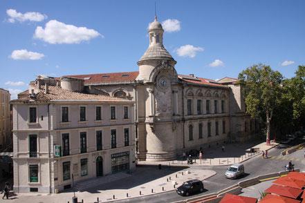 Bild: Uhrenturm am Gymnasium Alphonse Daudet in Nîmes