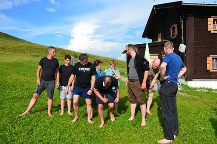 Vater und Sohn Beziehung stärken bei actionreichen Programmpunkten am Berg. Das bedeutet viel Spaß für Vater und Sohn.