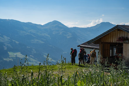 Erlebnisurlaub mit dem Sohn in Kitzbühel auf der Almhütte