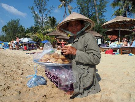 vietnamesische Strandverkäuferin auf der Insel Phu Quoc