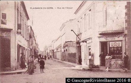 Rue Adour Plaisance du Gers boutique magasin