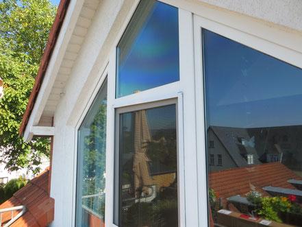 Sonnenschutzfolie an einem Privathaus