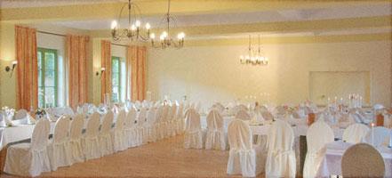 Saal für Hochzeitsfeier im Jagdschloss Friedrichsmoor