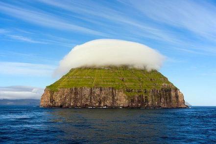 Illa Lítla Dímun, Illes Faroe,  Anglaterra. Foto: Vladimir Shveda.