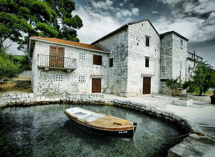 Petita cala Mandrac, Opcina Trogir, Croatia.