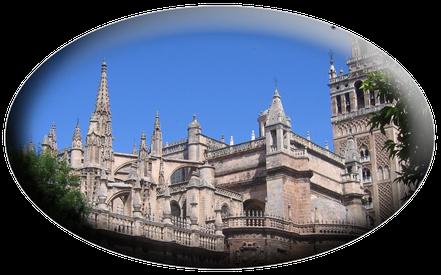"""Tour-Seville.com:La Cattedrale e il quartiere """"Barrio"""" di Santa Cruz"""