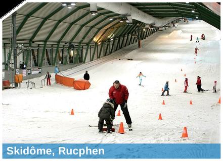 Mit Snow-Industries  herrschen in Skihallen ganzjährig beste Pisten-  verhältnisse. SnowBOX, POWDERstream und SnowFALL heißen die Technologien, die wir für die leistungsstarke Indoorbeschneiung einsetzen.