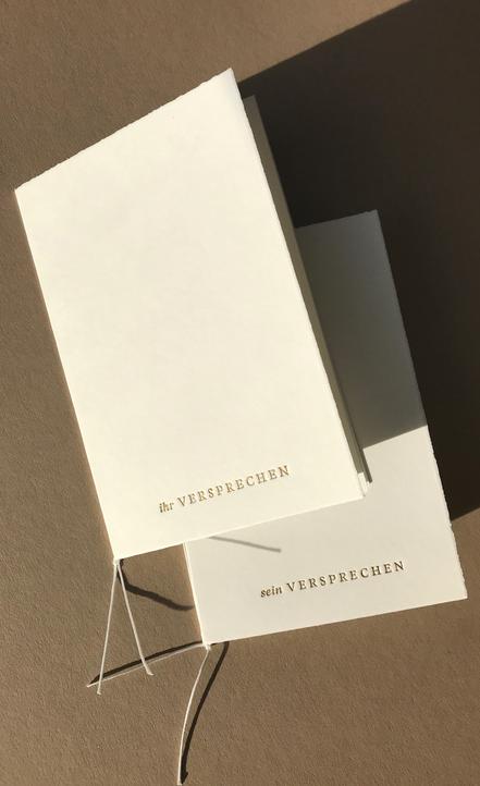 Platzkärtchen aus Acryl von studio vanhart – Papeterie & Design