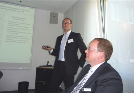 Tom Veltmann (CSR-Experte) und Christoph Bickmann, Vorstandsvorsitzender der Darlehnskasse Münster
