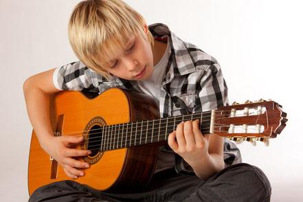 Bild: Klassische Gitarre Gitarrenlehrer in Koblenz
