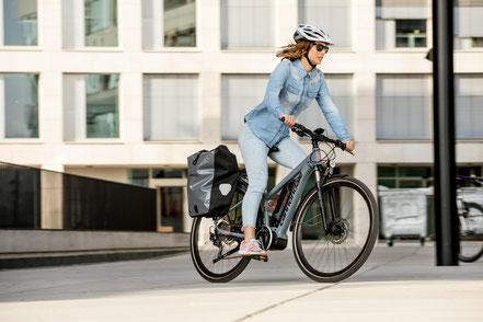 Speed-Pedelec in der e-motion e-Bike Welt in Frankfurt probefahren und kaufen