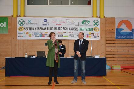 Landesrätin Dr. Martha Stocker und Dr. Roman Patuzzi (Technischer Direktor Trentino/Südtirol) bei der Eröffnung