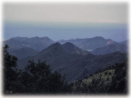 Alpenpanorama mit Blick auf das Mittelmeer