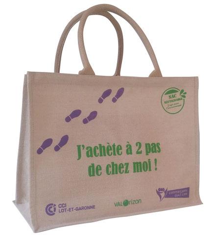sac offert par les commerçants du 47 - une opération de la fédération des UC du Lot-et-Garonne