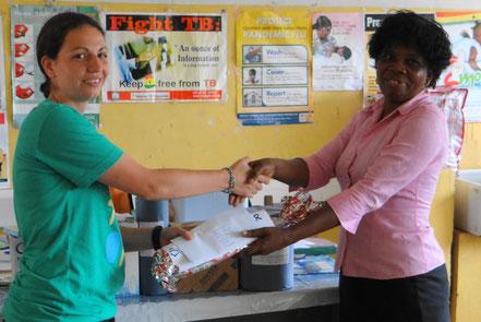 Das Health Center Okrakwadjo bedankt sich bei Jasmin Rüther für die Spenden.