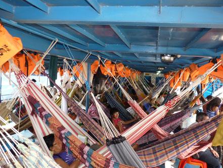 Sur le bateau entre Puccalpa et Iquitos