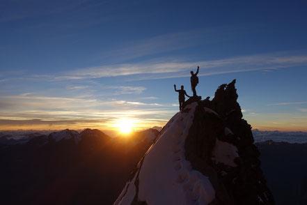 Sonnenaufgang auf der Lenzspitze