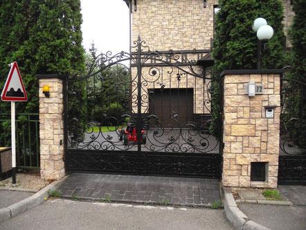 кованые въездные ворота в городе Одинцово.