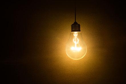 ...Licht ins Dunkel bringen, beleuchten und klären