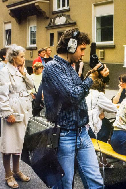 Folkwang 1987 in der Krefelder Straße in Essen-Frohnhausen, Videoaufzeichnung mit dem U-matic System.  Foto: Klaus-Peter Schlöder