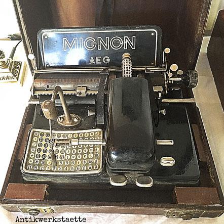 Mignon AEG typewriter