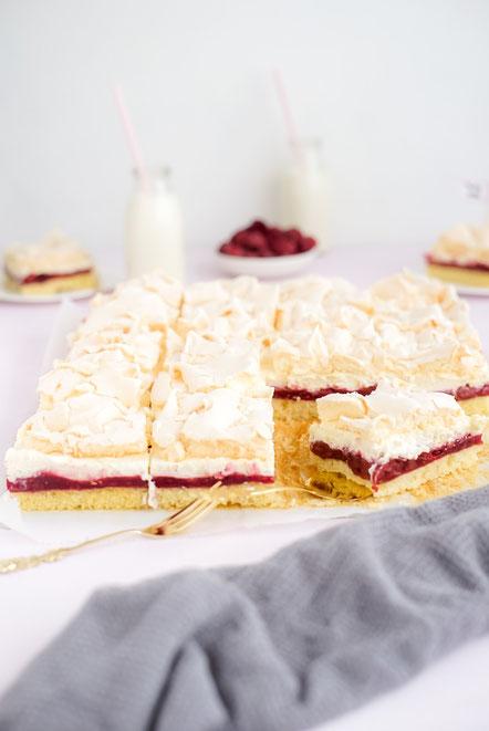 Früchte -Baiser - Torte