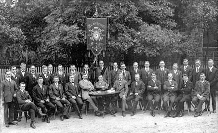 1905: Die zweite Fahnenweihe beim 60. Vereinsjubiläum