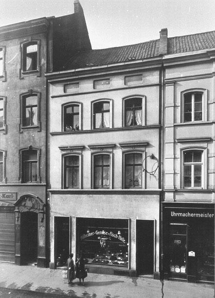 Keupstraße 72–68 im Jahre 1927