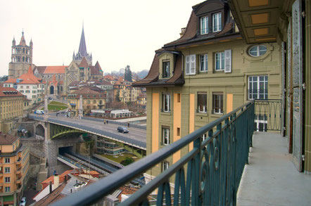 Lausanne top things to do - Old Town - Copyright  fhotels