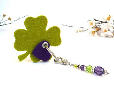Schlüsselanhänger Kleeblatt Glücksklee grün lila