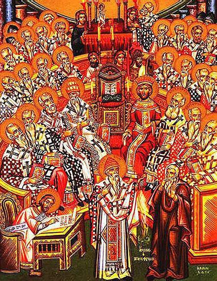 Craignant un schisme qui mettrait à mal l'empire, Constantin décide de réunir un concile afin de rétablir la paix religieuse et rassemble des représentants de presque toutes les tendances du christianisme. Constantin intervient dans les querelles théologi