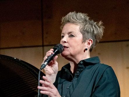 Christina Brudereck (Foto © Jens Putzier)