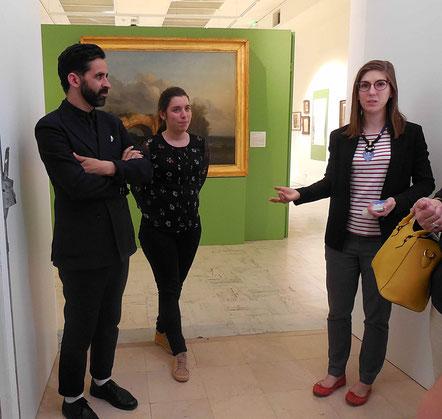 """Agathe Jagerschmidt (à droite) présente les commissaires de l'exposition """"Rêver d'Italie"""", Johanna Daniel (au centre) et  Christophe Brouard"""