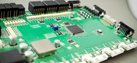 FPGA、マイコン等の最新電子部品を利用してボード開発、設計。CADは図研のCR-5000/SD/BDを使用。一貫により設計・開発から製造まで。