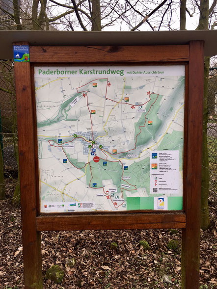 Infotafel des Paderborner Karstrundweges © Tourist Information Paderborn/Hanah Hilwerling