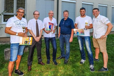 Herbert Krickl, Helmut Ernst, Martin Draxler, Bürgermeister Gottfried Muck, Christoph Dittrich und Albert Wilder bei der Preisverleihung.