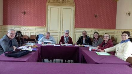 Un groupe d'élus de l'ancien canton de Condé-en-Brie planchent sur la 52ème édition de l'Opération Brioches.