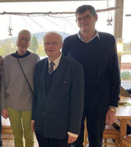 Der Vorstand: Doris Leonard, PD Dr. Mathias Weifert, Wolfgang Spachmann