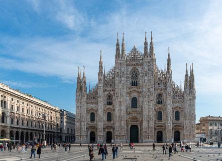 """Meine Höhepunkte in Italien Den """"Heiligen Abend"""" in Rom erleben Der schiefe Turm von Pisa und die Toskana Den Antoniusdom und die herausragende Cappella degli Scrovegni in Padua bestaunen Venedig - die einzigartige Lagunenstadt Die Bergwelt der Dolomiten"""