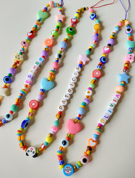 colgante candy strap para movil en colores vivos