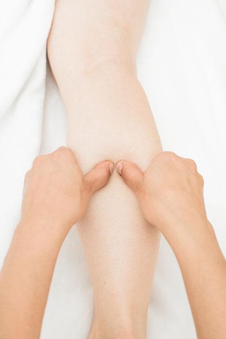 medizinische massage bei Rückenschmerzen und anderen Beschwerden in zürich