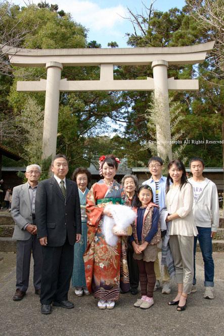 yu-photographs 成人のお祝い 家族写真