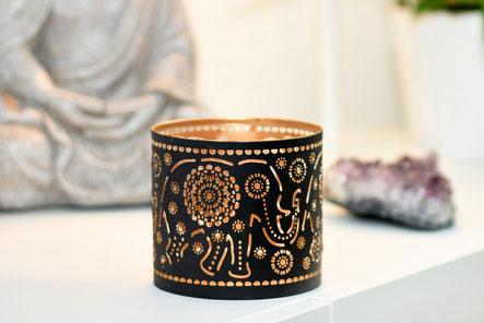 Teelichthalter im Antik Look mit schönem Elefant Motiv