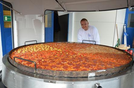 1,80 Meter Pizza lieferbar