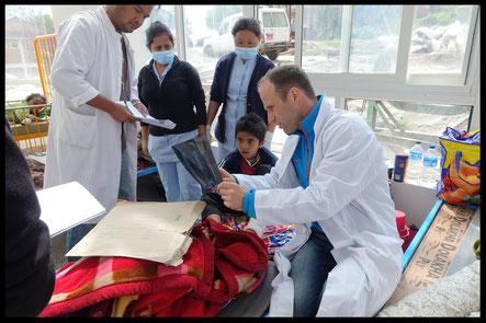 Dr. Matthias Baumann Himalaya Tübingen Teamarzt Radnationalmannschaft Nepal