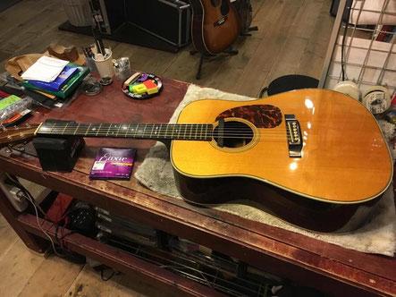 ギターが修理される直前のシーン