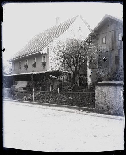 Schreinerei Studer, unterhalb des Mühlegartens (Foto Aug. Studer, um 1927)